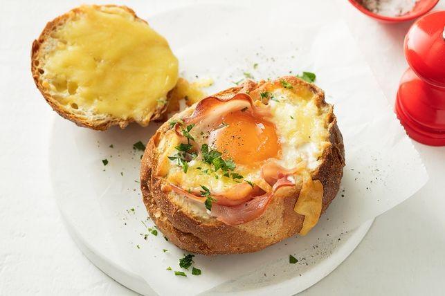 Knapperige broodjes gevuld met Ham, Kaas en ei